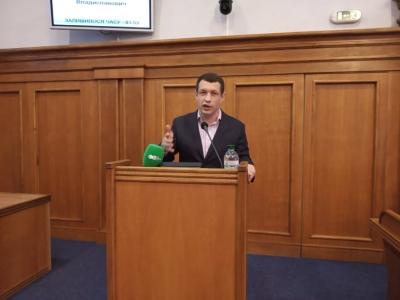 Депутат Кіровоградської облради російською мовою ледь не зірвав засідання сесії (ВІДЕО)